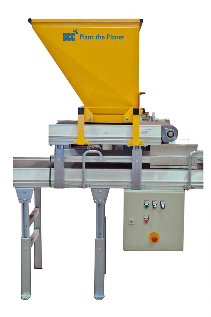 Tray Covering Unit - Unitatea de acoperire cu mulcer a tavilor de containere insamantate